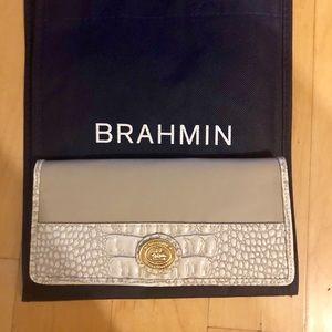 Brahmin Ady Wallet Quincy